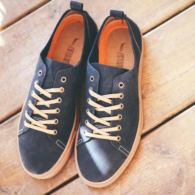 zapatos-piel-azulmarino.jpg